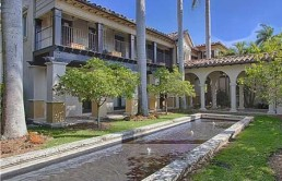 matt-damon-selling-miami-house
