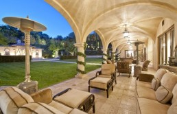barry-bonds-sold-mansion-18-610x457