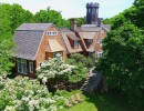 christie-brinkleys-hamptons-estate-up-for-grabs-for-30m2