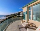 Neil-Diamond-Buys-House-For-Sale-Malibu-CA-balcony-768x512