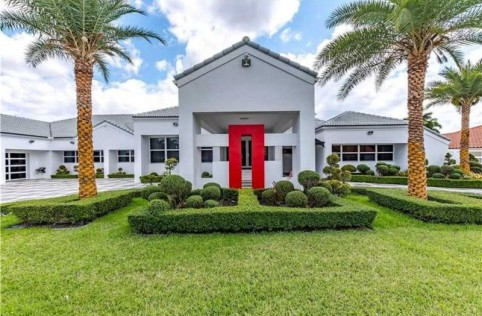 rapper-flo-rida-gets-a-miami-mansion-with-all-the-goods-for-a-steal-at-1m4