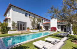 lori-loughlin-of-fuller-house-and-fashion-designer-hubby-list-bel-air-mansion-for-35m20