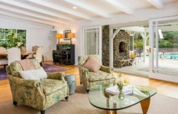 actress-amy-smart-and-hgtv-host-hubby-carter-oosterhouse-rake-in-3-5m-for-l-a-home7