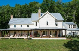 miley-cyrus-purchases-rustic-farmhouse-near-nashville-for-5-8m1